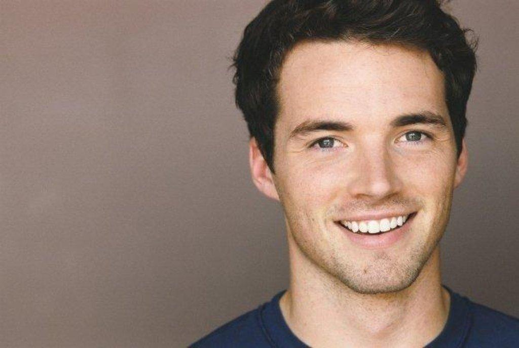Ian Harding - Photo Gallery